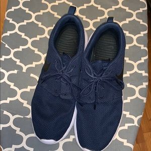 Nike Roshe Navy Blue  size men 11